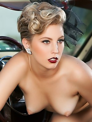 Cybergirl of the Month August 2015